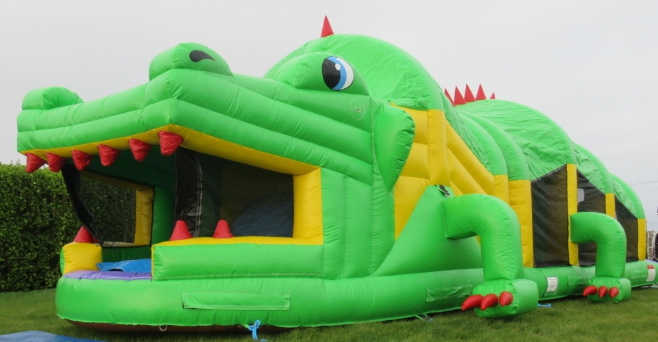 CROCODILE OBSTACALE COURSE BOUNCY CASTLE